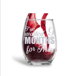 Other - 🌟New mom stemless wine glass 🍷